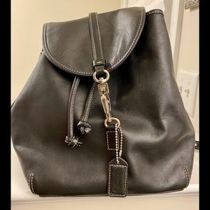 Authentic Coach Leather Backpack w/ dust cover/box